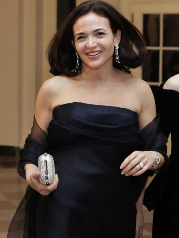 sheryl sandberg Coo sheryl sandberg is scheduled to appear before the senate intelligence committee to address election-related abuse of facebook's platform ahead of the 2018 elections.