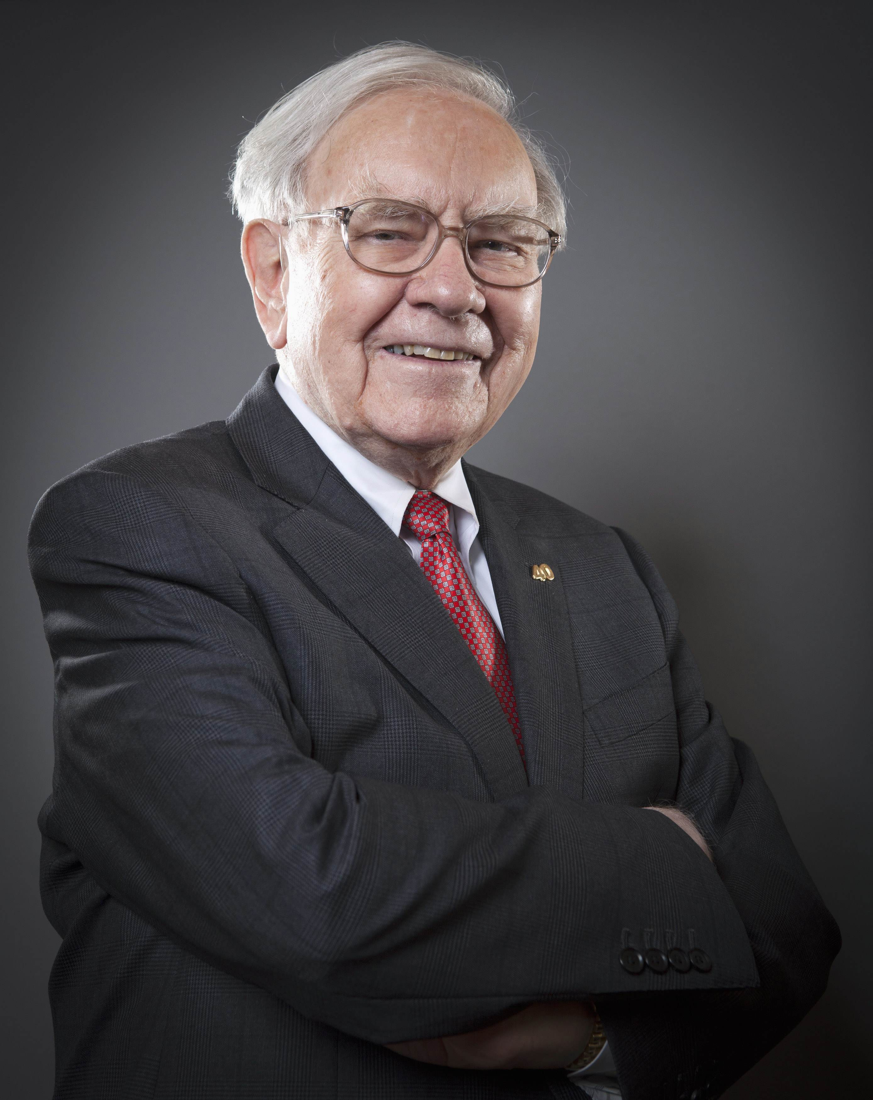 warren buffet Bitcoin price and the prices of other cryptocurrencies jolted in opposite directions  today because of a warren buffet interview the interview.